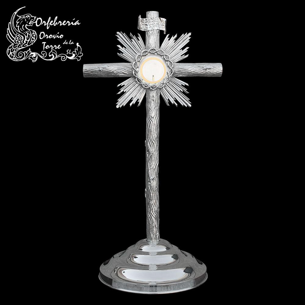 Custodia cruz