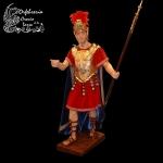 Romano con coraza delantera, casco y lanza