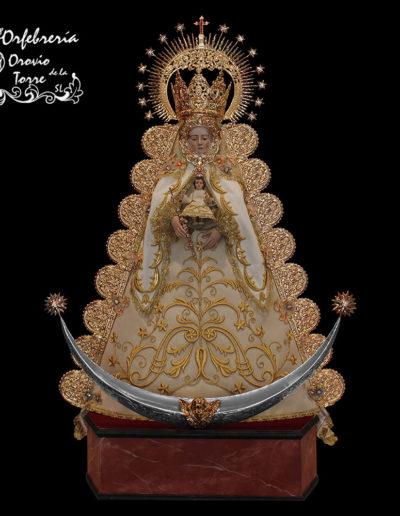 Atributos Virgen Rocío