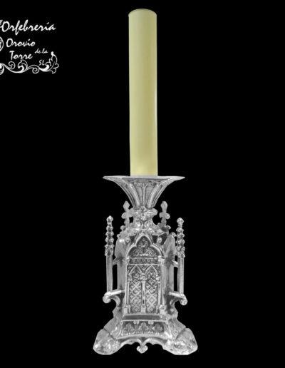 Candelero altar gótico