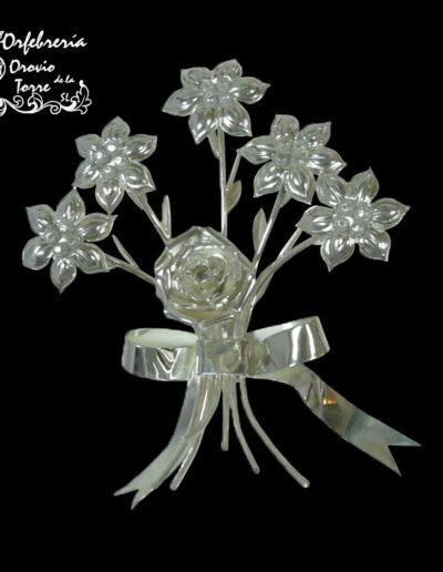 Ramillete flores Virgen